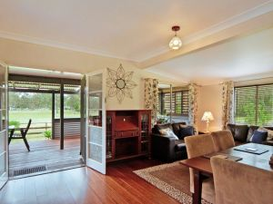 Woollamia Farm Cottage Accommodation - Accommodation Cairns