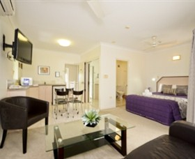 Reef Palms Motel - Accommodation Cairns