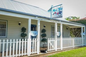 Mrs Top at Milton Bed and Breakfast - Accommodation Cairns