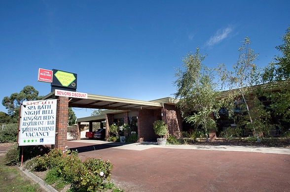 Statesman Motor Inn - Accommodation Cairns