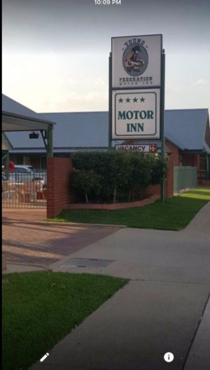 Federation Motor Inn Young - Accommodation Cairns