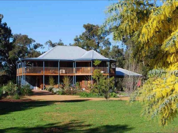 Riverwood Retreat - Accommodation Cairns