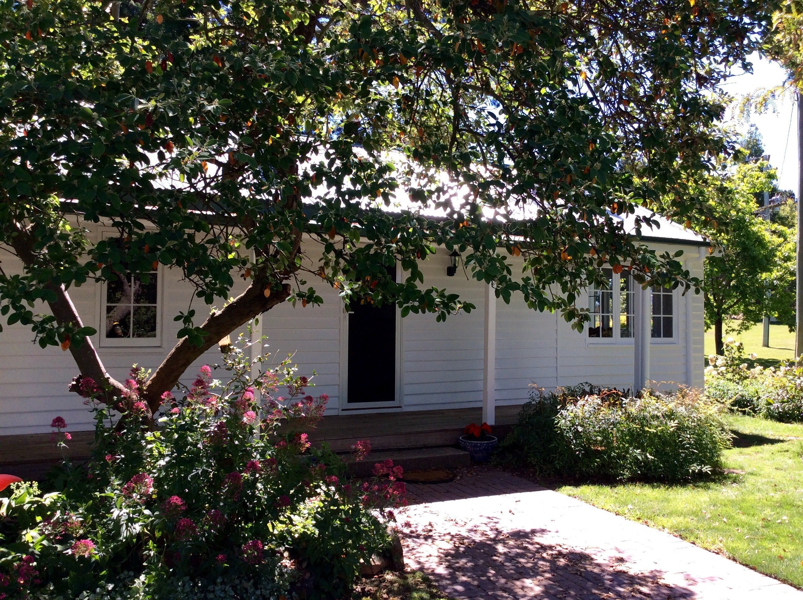 Cairnie Country Cottage - Accommodation Cairns