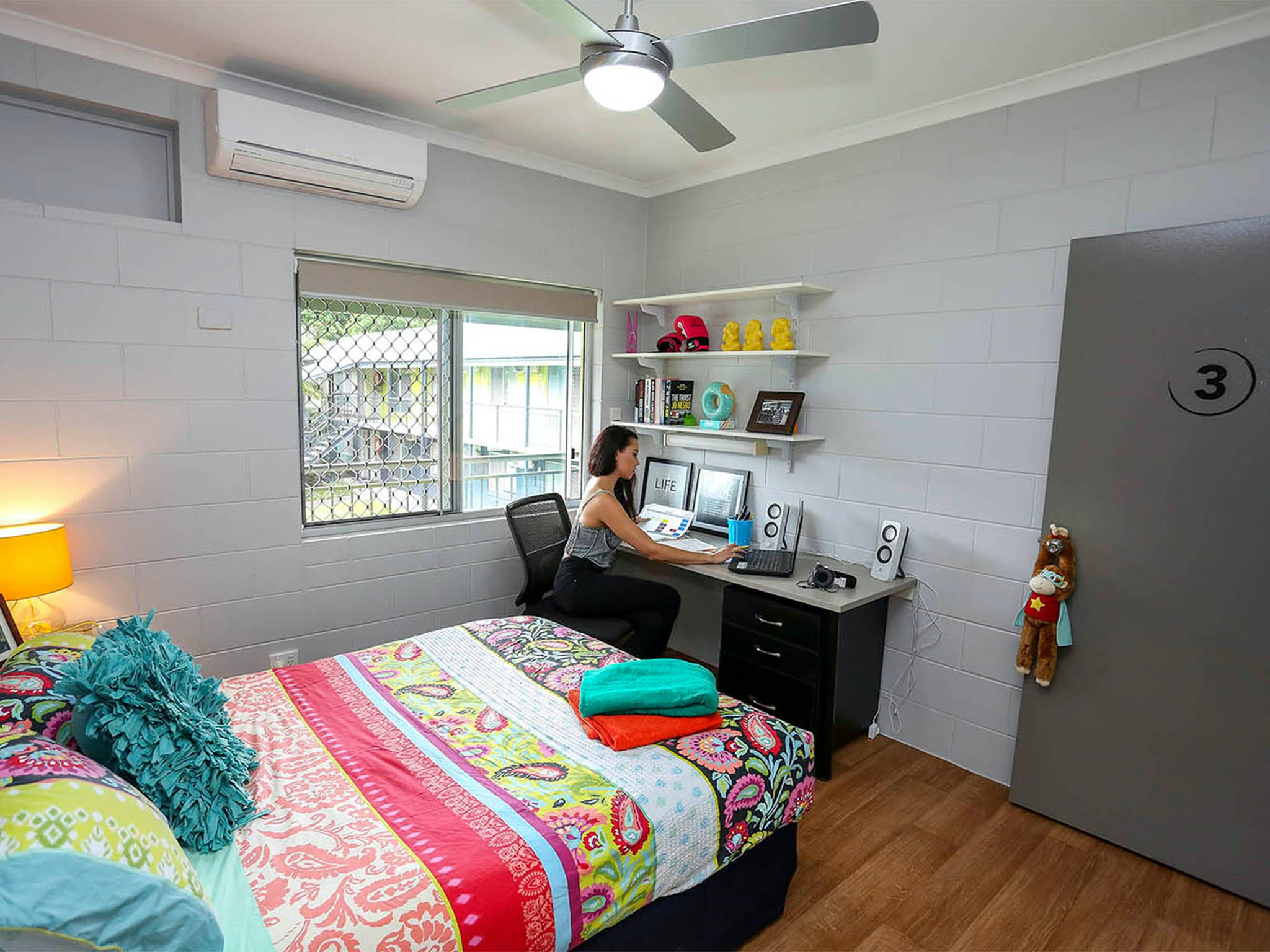 Cairns Student Lodge - Accommodation Cairns