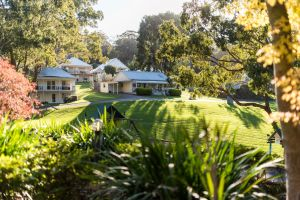 McMillans Of Metung Resort - Accommodation Cairns