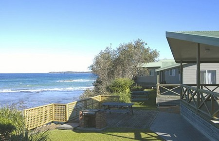 Berrara Beach Holiday Chalets - Accommodation Cairns