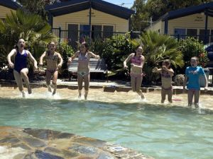 Torquay Holiday Park - Accommodation Cairns