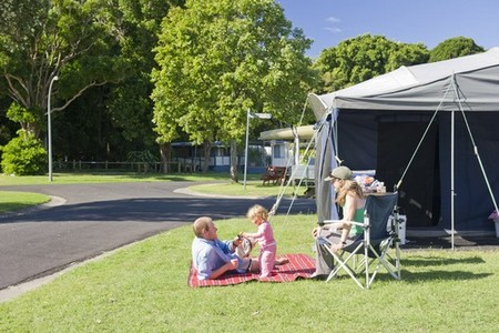 Silver Sands Holiday Park - Accommodation Cairns