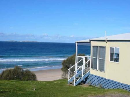 Surfbeach Holiday Park - Accommodation Cairns