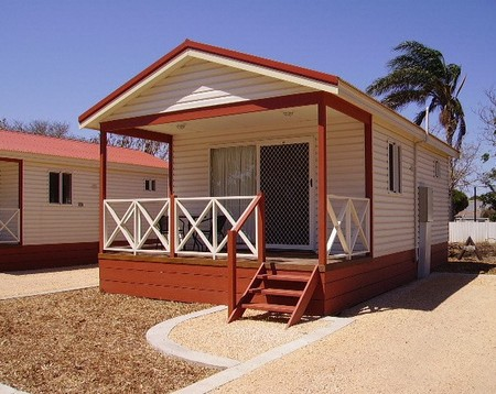 Outback Oasis Caravan Park - Accommodation Cairns