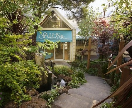 Salus Spa At The Lake House - Accommodation Cairns