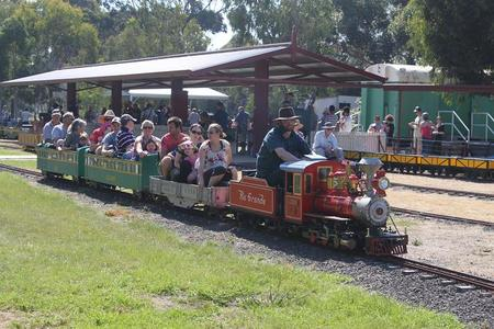 Altona Miniture Railway - Accommodation Cairns