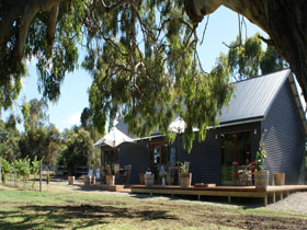 No. 58 Cellar Door  Gallery - Accommodation Cairns