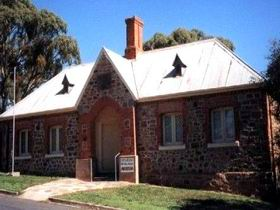 Old Police Station Museum - Accommodation Cairns