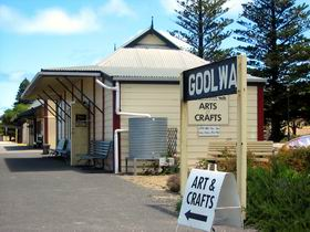 Goolwa Community Arts And Crafts Shop - Accommodation Cairns