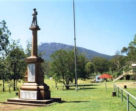Maroon State School War Memorial - Accommodation Cairns
