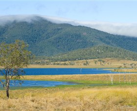 Lake Elphinstone - Accommodation Cairns