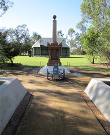 Mitchell War Memorial - Accommodation Cairns