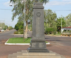 Winton War Memorial - Accommodation Cairns
