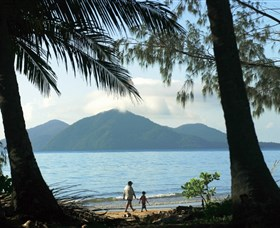 Family Islands National Park - Accommodation Cairns