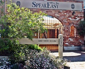 Speakeasy Wine Bar - Accommodation Cairns
