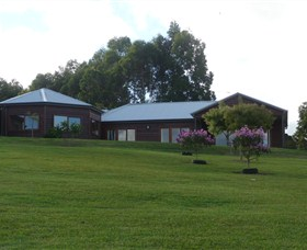 Roses Vineyard at Innes View - Accommodation Cairns