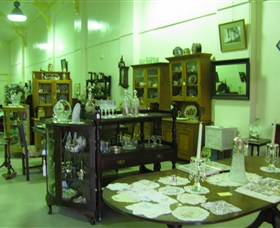 Glenleigh Antiques - Accommodation Cairns