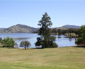 Inland Waters Holiday Parks Grabine Lakeside - Accommodation Cairns
