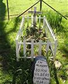 Johnny Gilberts Grave