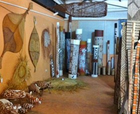 Maningrida Arts and Culture - Accommodation Cairns