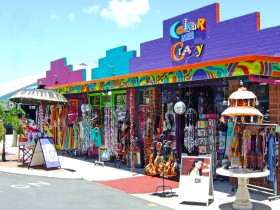 Colour Me Crazy - Accommodation Cairns