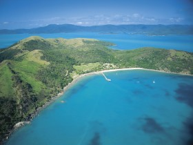 Molle Islands National Park - Accommodation Cairns