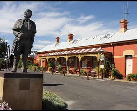 Forbes Railway Arts and Visitor Information Centre - Accommodation Cairns