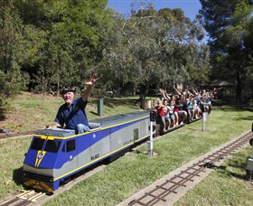Willans Hill Miniature Railway - Accommodation Cairns