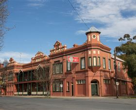 Culcairn Hotel - Accommodation Cairns