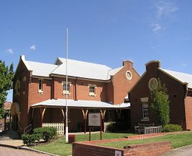 The Cowra Heritage Walk - Accommodation Cairns
