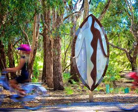 Wagirra Trail and Yindyamarra Sculpture Walk - Accommodation Cairns