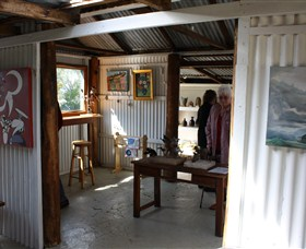 Tin Shed Gallery - Accommodation Cairns