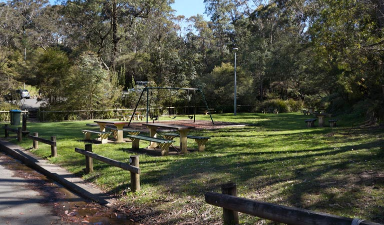 Gordon Falls lookout and picnic area - Accommodation Cairns