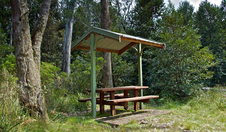 Devils Hole lookout walk and picnic area - Accommodation Cairns