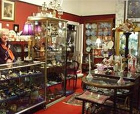 Nerilee Antiques - Accommodation Cairns