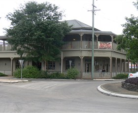 The Hotel Cecil - Accommodation Cairns