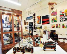 Nimbin Artists Gallery - Accommodation Cairns