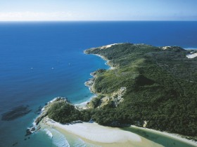Moreton Island National Park - Accommodation Cairns