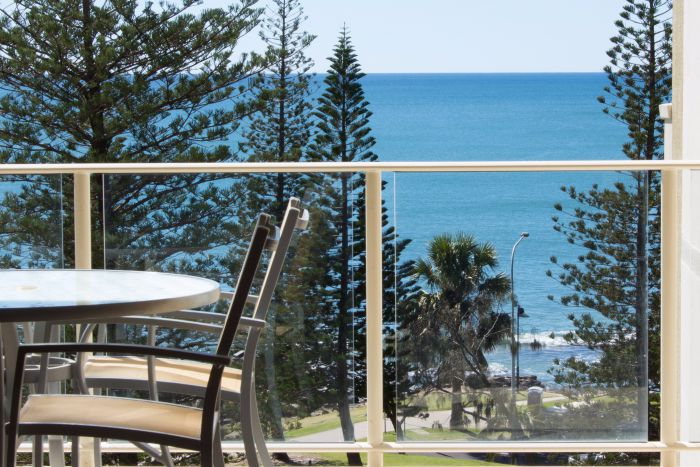Pacific Beach Resort - Accommodation Cairns