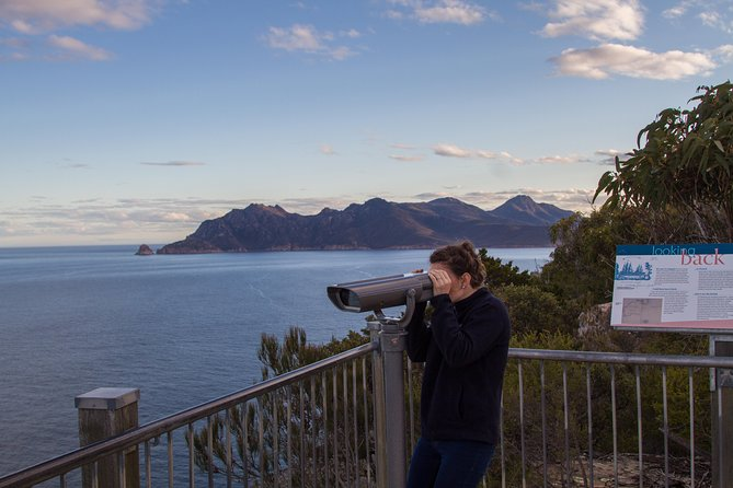 4x4 and Lunch Half Day Freycinet National Park - Accommodation Cairns