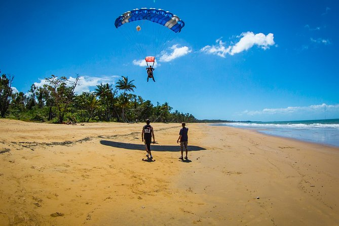 Beach Skydive from up to 15000ft over Mission Beach - Accommodation Cairns