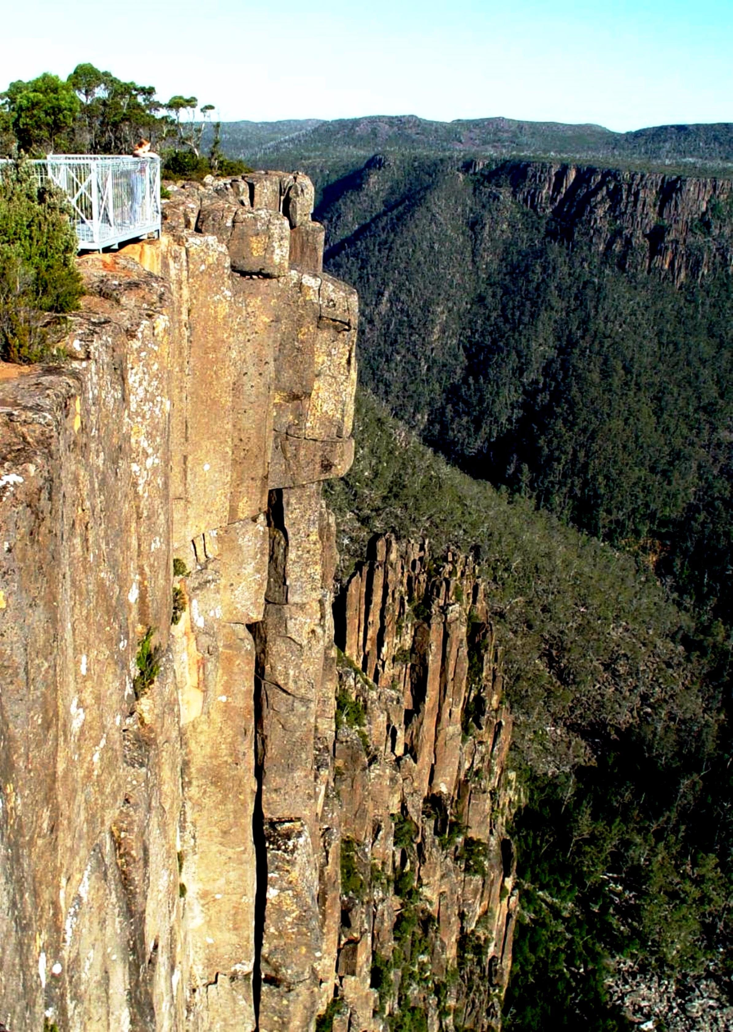 Devil's Gullet - Accommodation Cairns