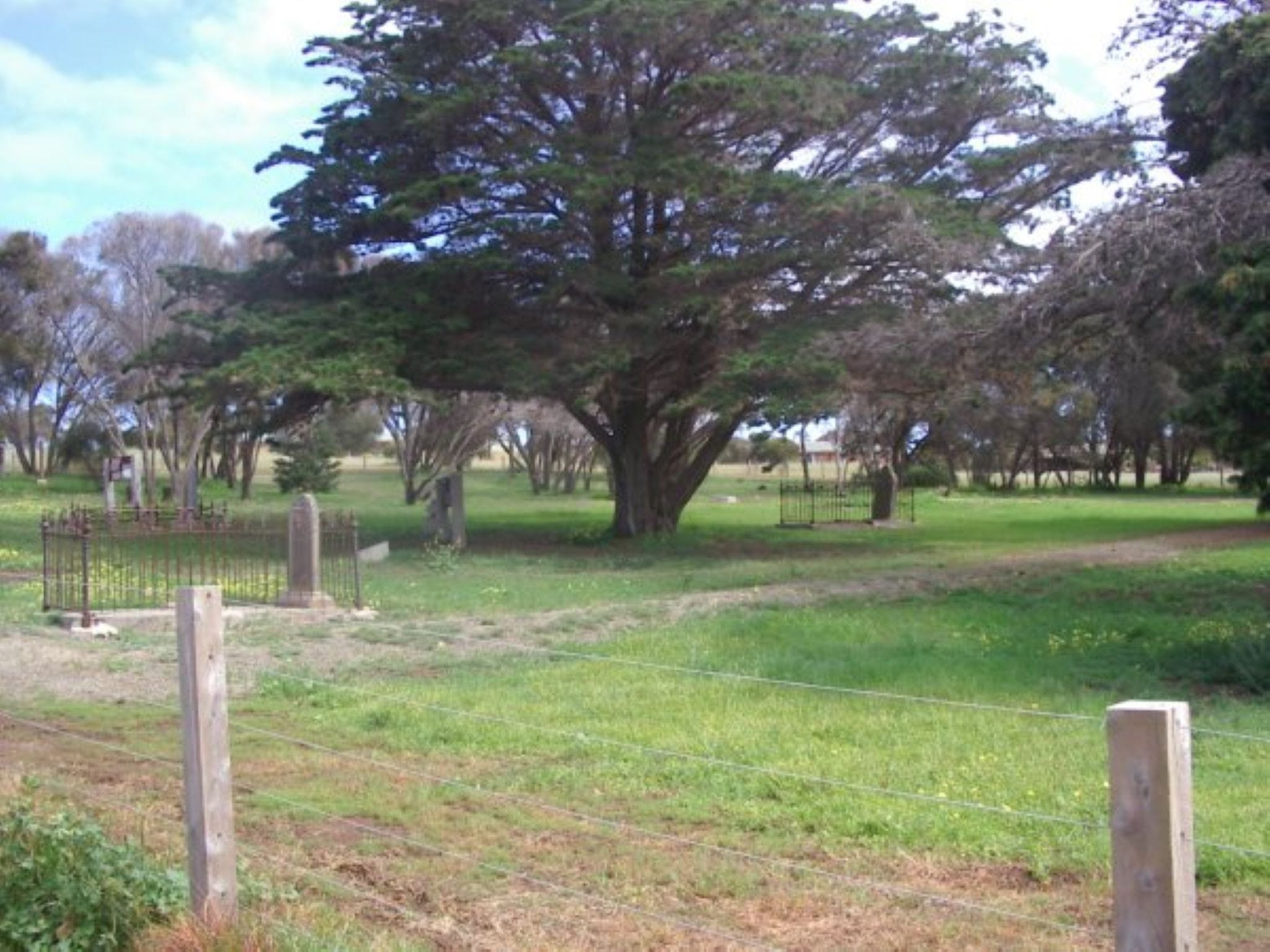 Old Cemetery Kingscote - Accommodation Cairns