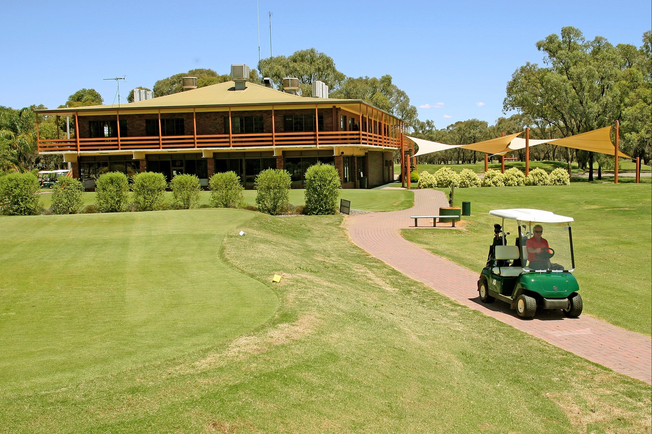 Coomealla Golf Club - Accommodation Cairns